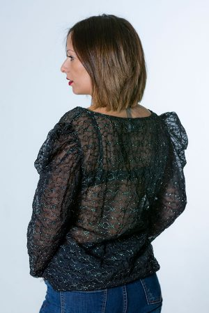 Blusa transparente color negro